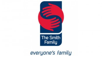 The Smith Family's logo